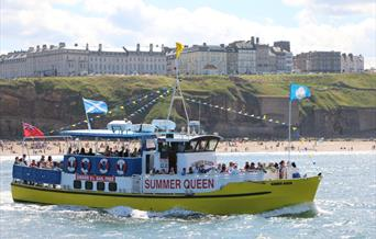 image of Whitby whale watching summer queen boat