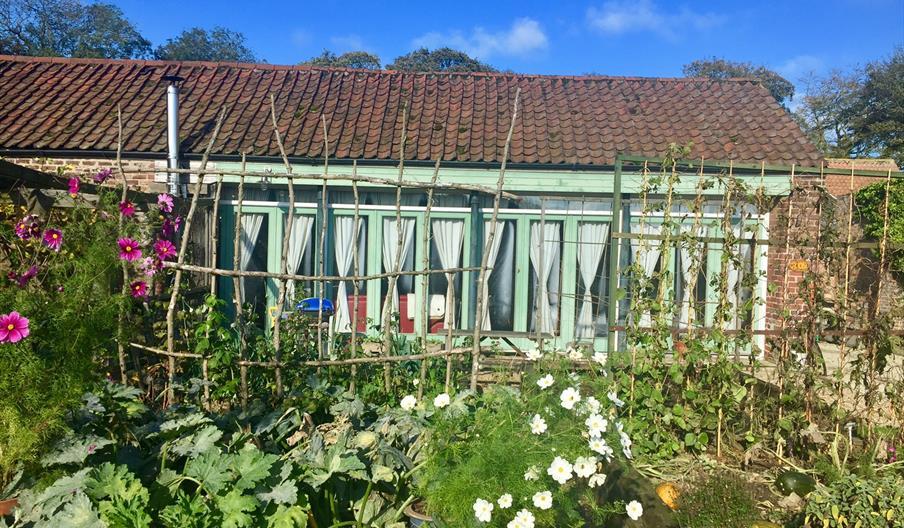 Dale Farm Summerhouse