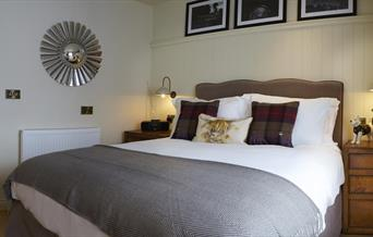 An image of The Copper Horse - Yew Tree Cottage bedroom